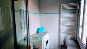 Salle d'eau du gîte Pic St Loup au Coquilloux à Montpellier