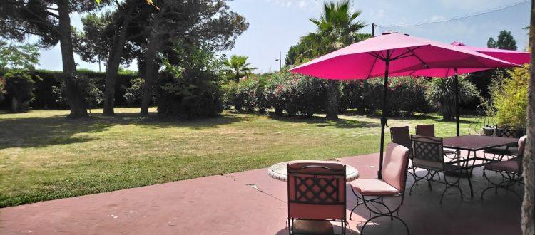 terrasse du gîte Plein Sud aux Coquilloux à Montpellier