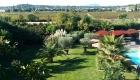 vue du Gîte Pic St Loup  sur la piscine des Coquilloux location de vacances à Montpellier