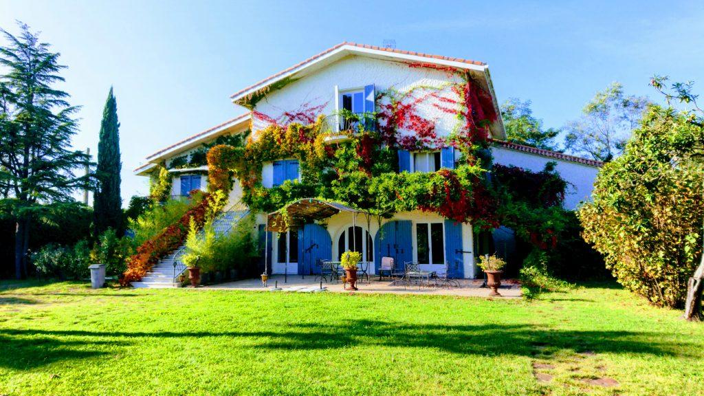 Location de vacances en gîte de charme dans le 34 à Montpellier 0623022756