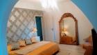 Suite parentale du Gîte Méjanelle aux Coquilloux location de vacances en gîte de charme avec grande Piscine dans le 34 à Montpellier 0623022756